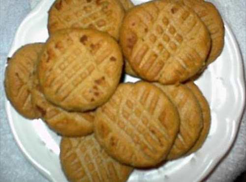 """Low Carb Peanut Butter Cookies """"They are EXCELLENT!!!"""" - poetswings"""