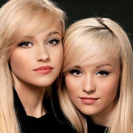 Identical beauty by Yulia Starostina - People Portraits of Women ( fashion, beautiful, blond, yuliastarostinaphotography, cute, twins, women, pretty, skin, portrait, eyes, sexy, sisters, hair,  )