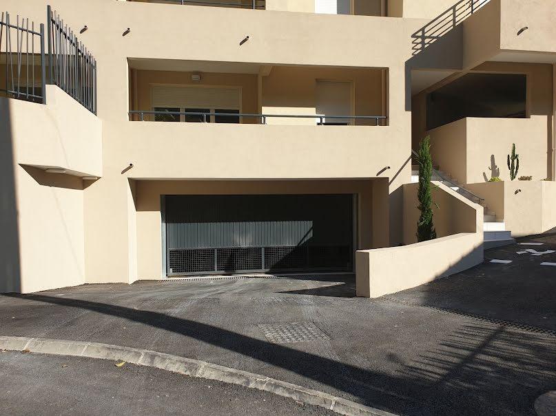 Vente parking  13 m² à Nice (06100), 25 000 €