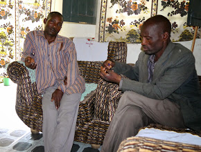 Photo: The father of Sylivia (left) is sick, he needs to go to hospital