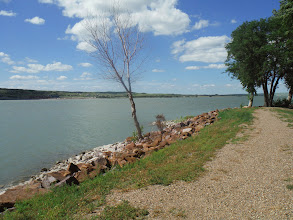 Photo: Day 28 Murdo to Chamberlain SD 95 miles 3600' climbing: Missouri River at our RV Park