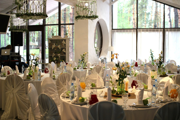 Фото №3 зала Летняя веранда «Клюква в сахаре»