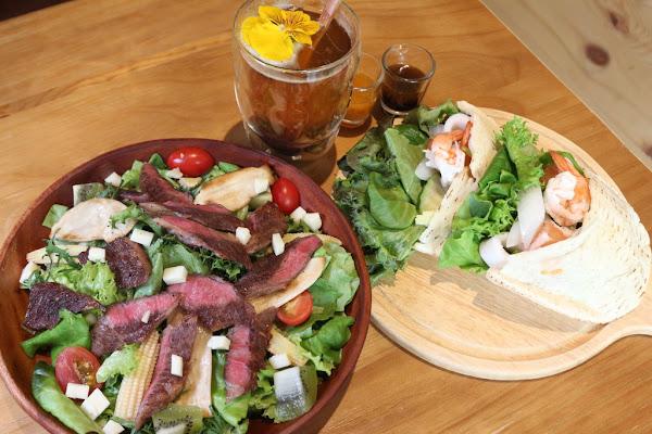 蔬食樂初始店 沙拉輕食/飯食麵食 顛覆對蔬食的刻板印象