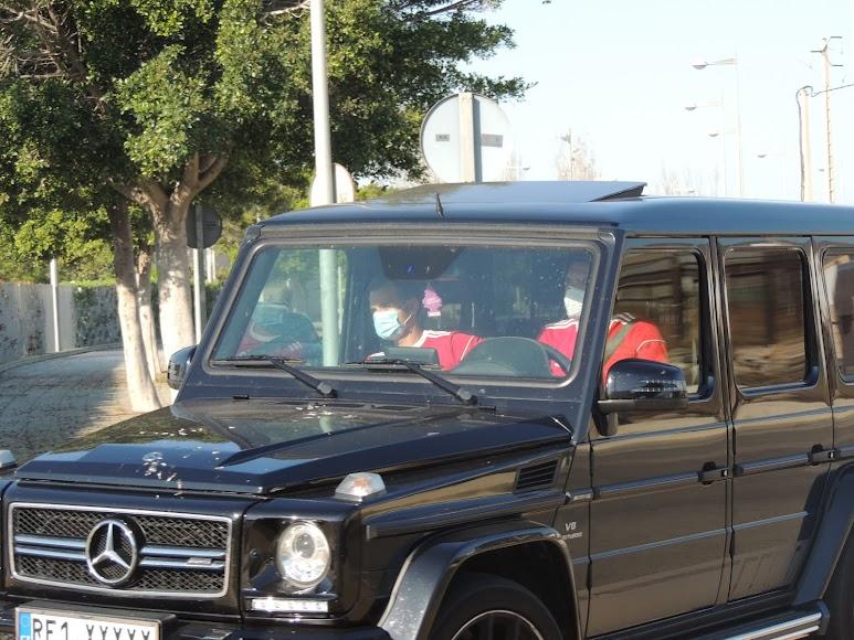 Coric y Fran Villalba llegando al Estadio.