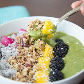 Green Smoothie Bowl [Cooking Video]
