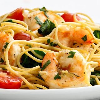 Skinny Garlic Shrimp Pasta.