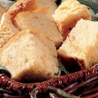 Bread Machine Caramelized-Onion Bread.