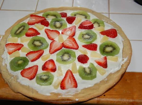 Fruit Pizza Is The Perfect Summer Dessert!  You Can Use Almost Any Fruit Combination You Want. So Easy To Make.