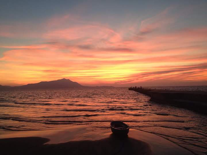 Delicate Sunset di Roberta Ricciardi