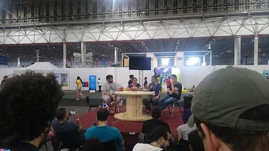 Mesa redonda sobre o passado, presente e futuro dos jogos de tabuleiro no Brasil.