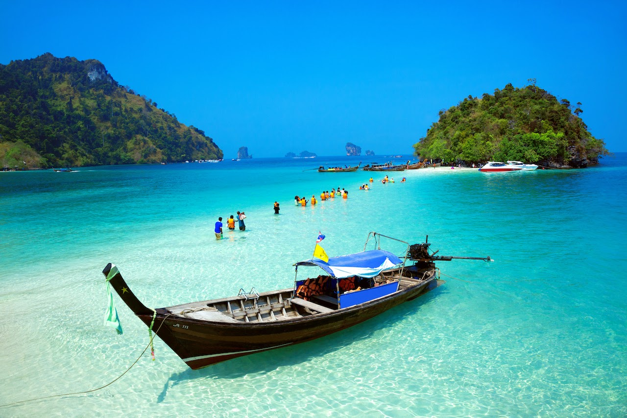 4 Island Tour by Traditional Longtail Boat from Krabi