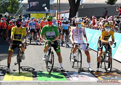 """Bennett sluit driestrijd voor groen niet uit: """"Maak me nog niet al te veel zorgen over Van Aert, wel als hij nog een rit wint"""""""