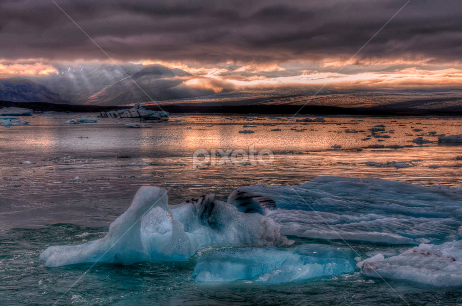 Iceland by Filippo Bianchi - Landscapes Waterscapes