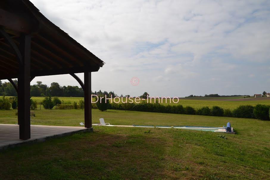 Vente maison 5 pièces 140 m² à Verteillac (24320), 318 000 €