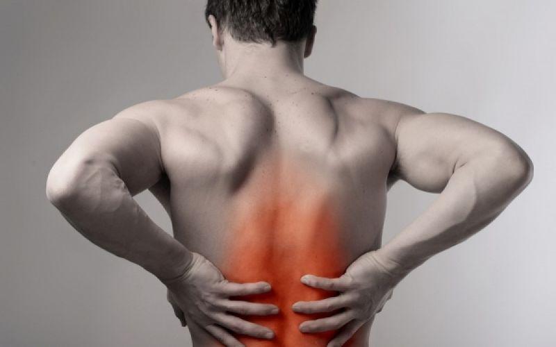 Αποτέλεσμα εικόνας για πόνος στην πλάτη