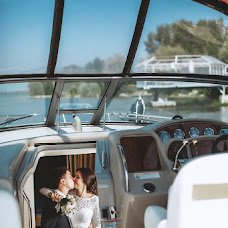 Wedding photographer Andrey Rozhencev (WedmastersStudio). Photo of 21.08.2015