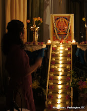 Photo: All the lamps on the 18 steps are lit during  Padi Pattu (Padi: steps. Pattu:song)