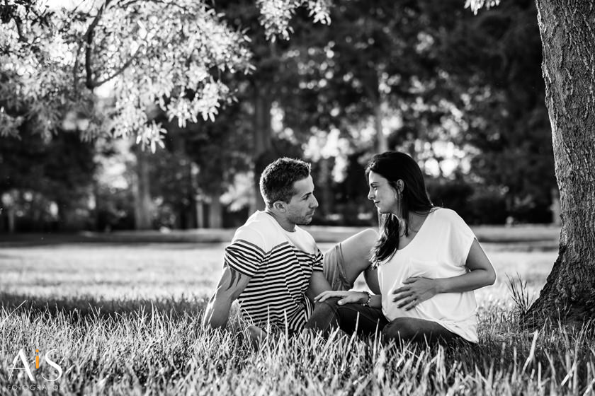 Fotos de embarazo en jardines de Aranjuez