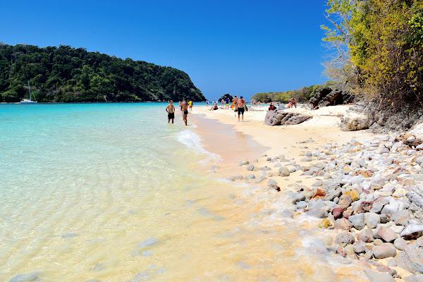 Walk along the white sandy beach of Koh Rok