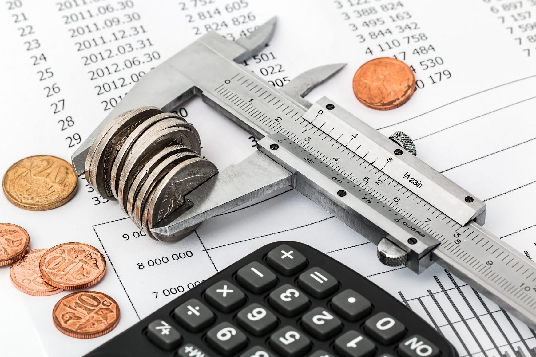 初回利用者 の 購入金額 はいくら? | 新規顧客 の 平均購入金額
