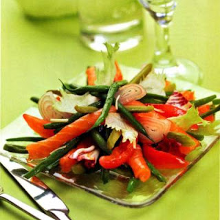 Fish Salad With String Beans And Cherry Tomatoes