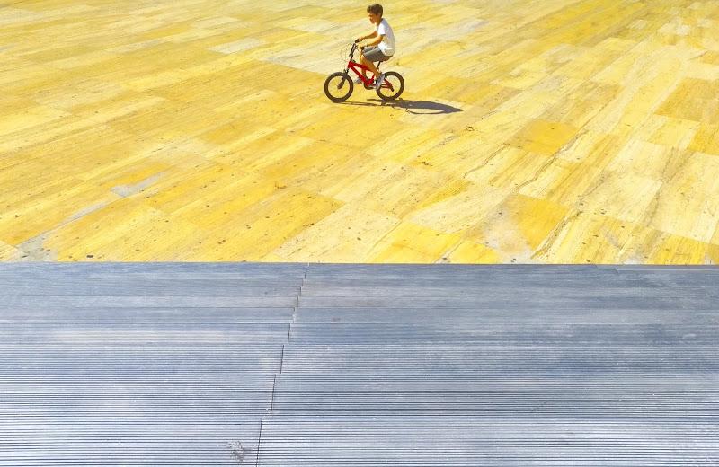 L'estate da bambino di Luca Mandelli