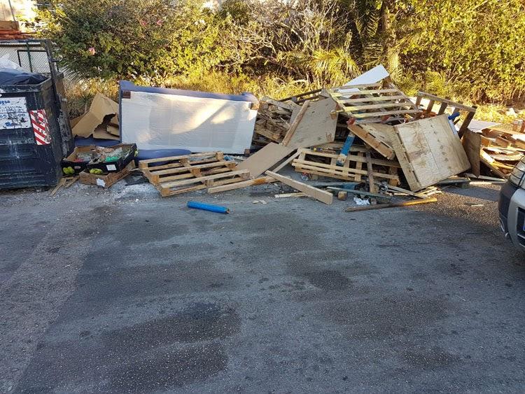 Limpieza recuerda que el horario para depositar muebles y enseres en la calle es el mismo que para tirar la basura al contenedor