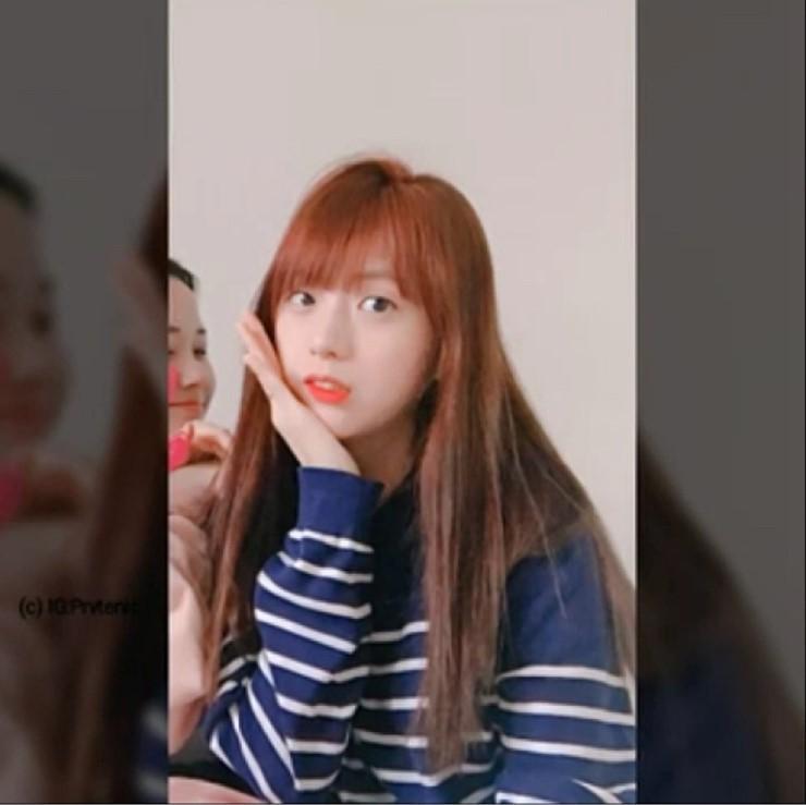 Jisoos-older-sister-4