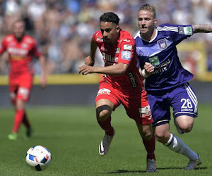 """Alexander Büttner trekt naar """"grote club uit The Championship"""""""