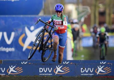Primeur in Loenhout: Nederlandse wint eerste damescross bij junioren