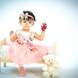 Ahana by Shashi Patel - Babies & Children Babies ( baby, photographer, india, cute, bay girl )