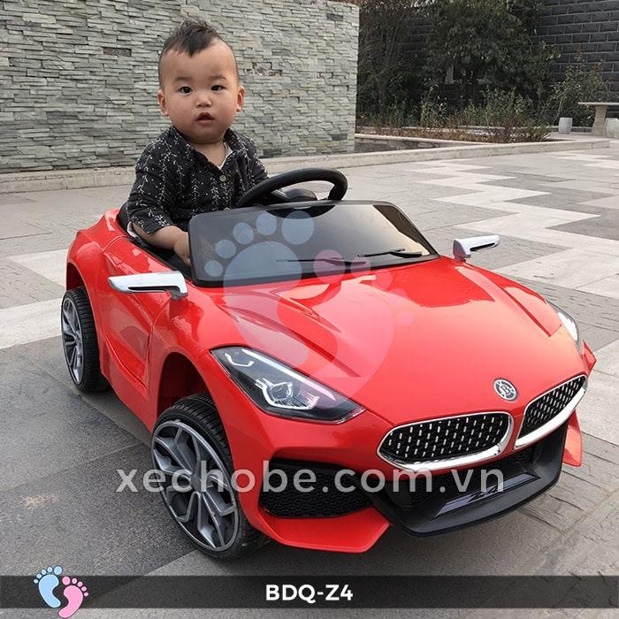 Xe ô tô điện cho bé BDQ-Z4 4