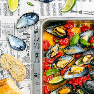 Easy Baked Spicy Mussels.