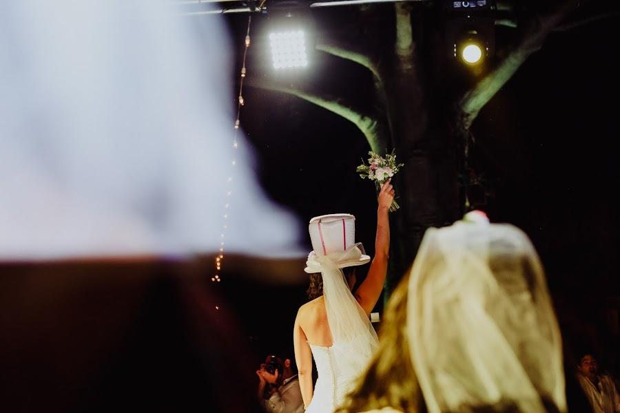 Wedding photographer Paola Castillo (Paola). Photo of 10.10.2017