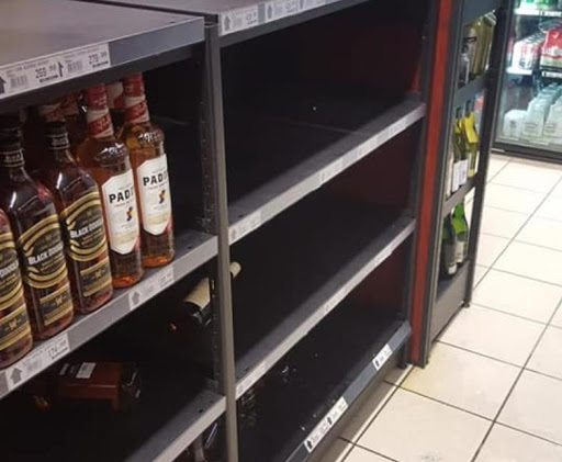 Expensive liquor stolen in early-morning raid on Cape Town store