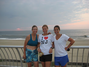 Photo: Dorn sisters support KRF in their first triathalon 2010