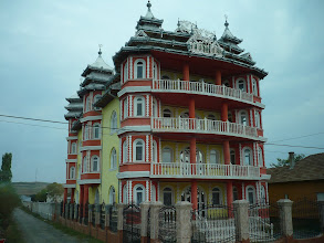 Photo: Bánfihunyad :cigány palota