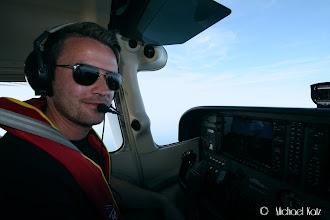 Photo: Fartøysjef Ola fører oss trygt over den engelske kanal