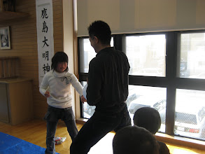 Photo: 新企画、風船試し割り(杉本先生すみません)