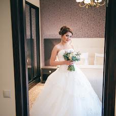 Wedding photographer Oksana Lukyanova (Ksanaphoto). Photo of 02.12.2015