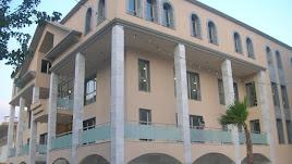 Fachada del Ayuntamiento de Macael.