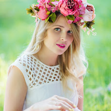 Wedding photographer Olesya Seredneva (AliceSov). Photo of 27.07.2016