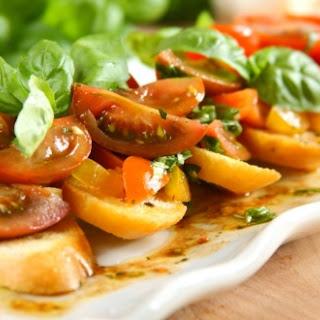 Bruschetta mit marinierten Tomaten