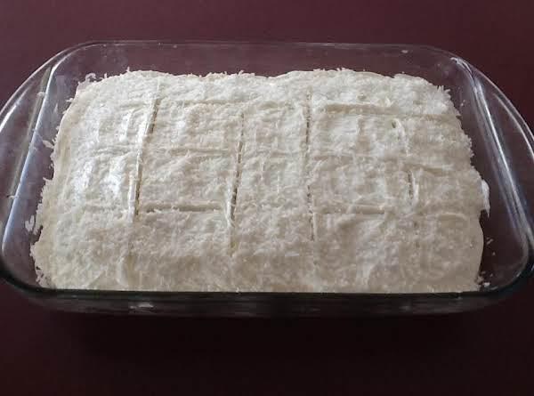 No Fuss Coconut Cake With Coconut Buttercream Icin