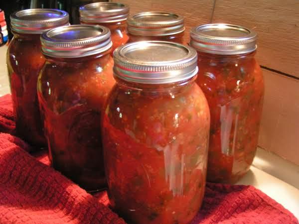 Canning Garden Fresh Salsa