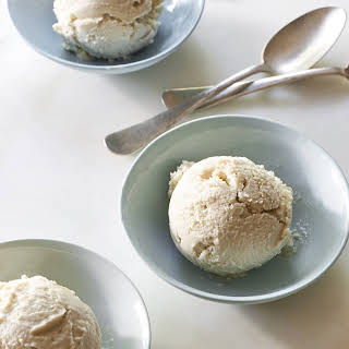 Vegan Vanilla Ice Cream.