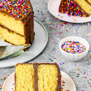 How to Make a Cake Mix Box without Eggs Recipe