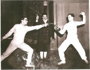 Ralph Goldstein refereeing Krieger and Gilbert in1940