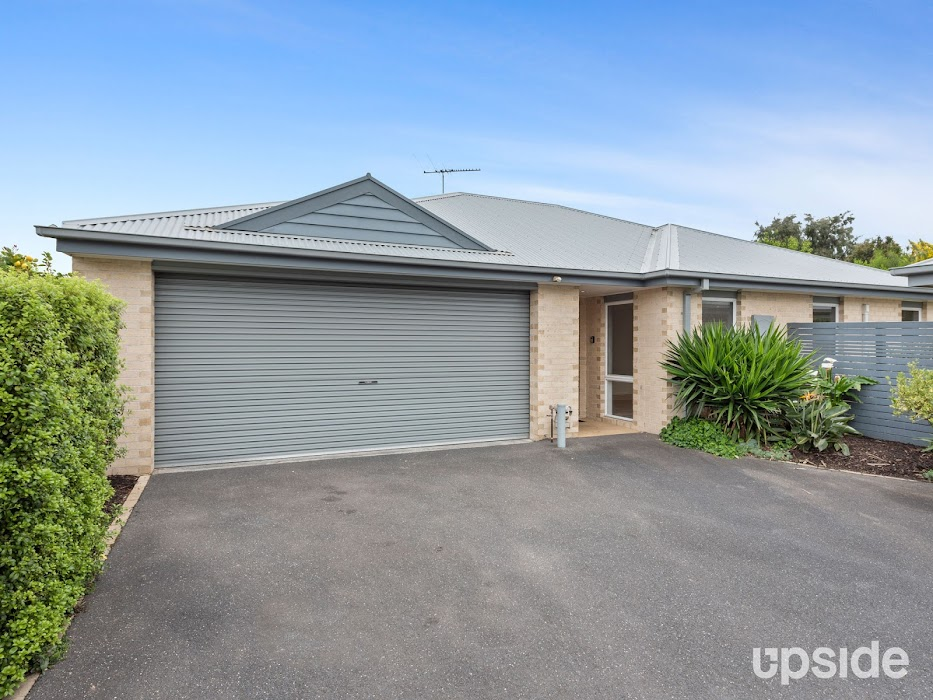 Main photo of property at 2/58 First Avenue, Rosebud 3939