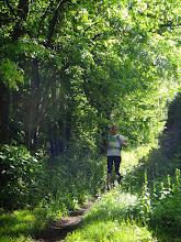 Photo: Après la descente, Sév reprend la tête de course